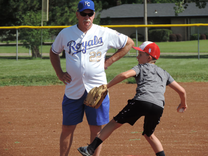 Former Royals Pitcher Dennis Leonard offering a few pointers at the 2020 Royals Alumni Clinic in Russell. (Photo by David Elliott)